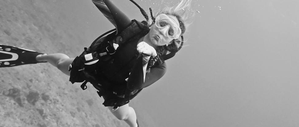 Feeling like Ohana with Kaimana Divers in Oahu thumbnail