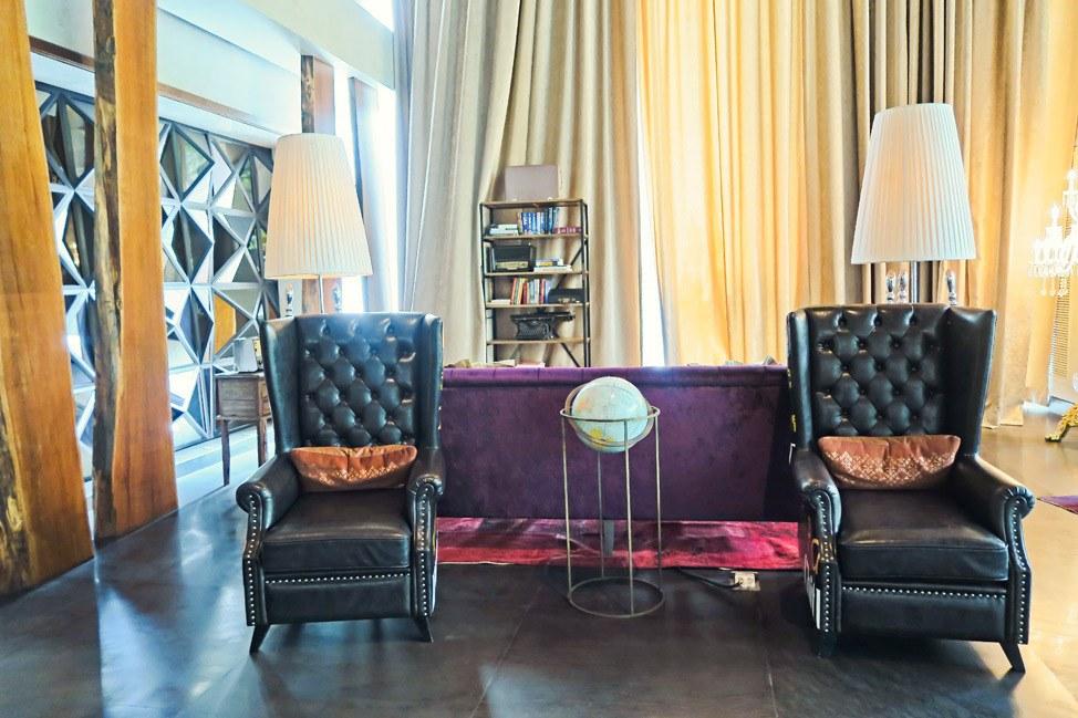 Lobby at Hotel Indigo Bangkok