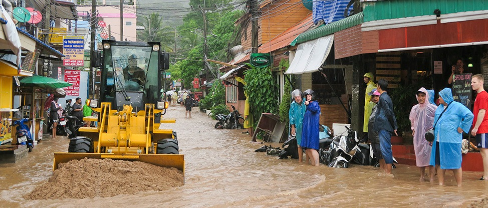 Come Hell, Come High Water: My Southern Thailand Flooding Story thumbnail