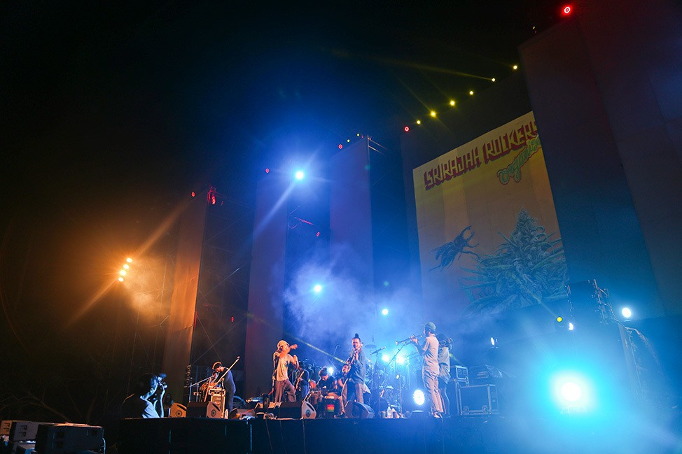 Srirajah Rockers at Tao Festival 2017, Koh Tao, Thailand