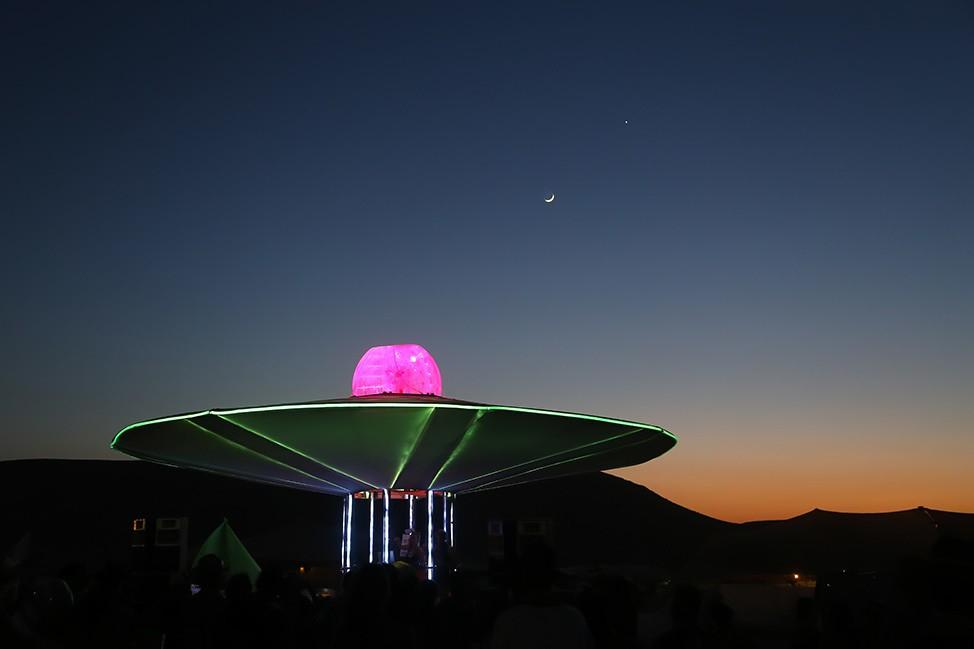 The spaceship at Midburn