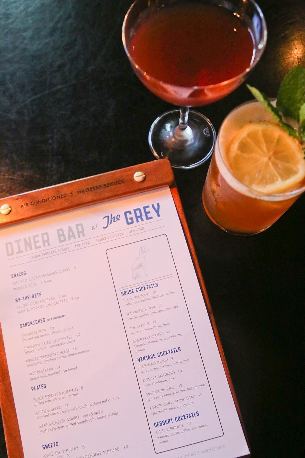 The Grey, Savannah