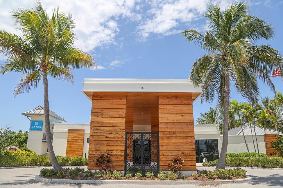 The Gates Hotel Key West entrance