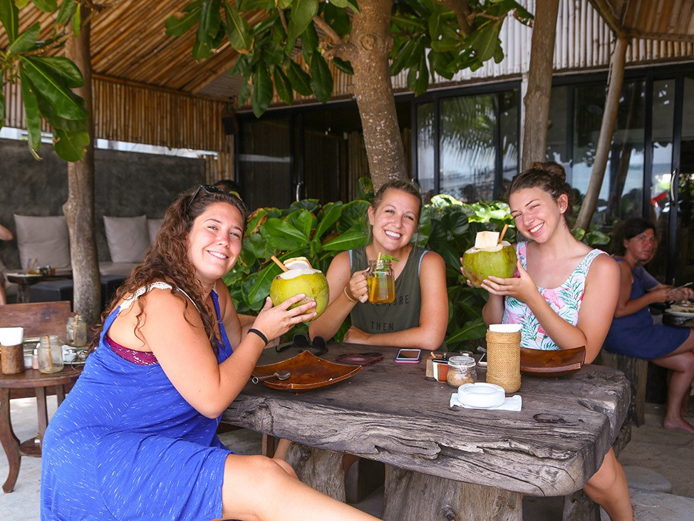 Lunch at Coconut Monkey on Koh Tao