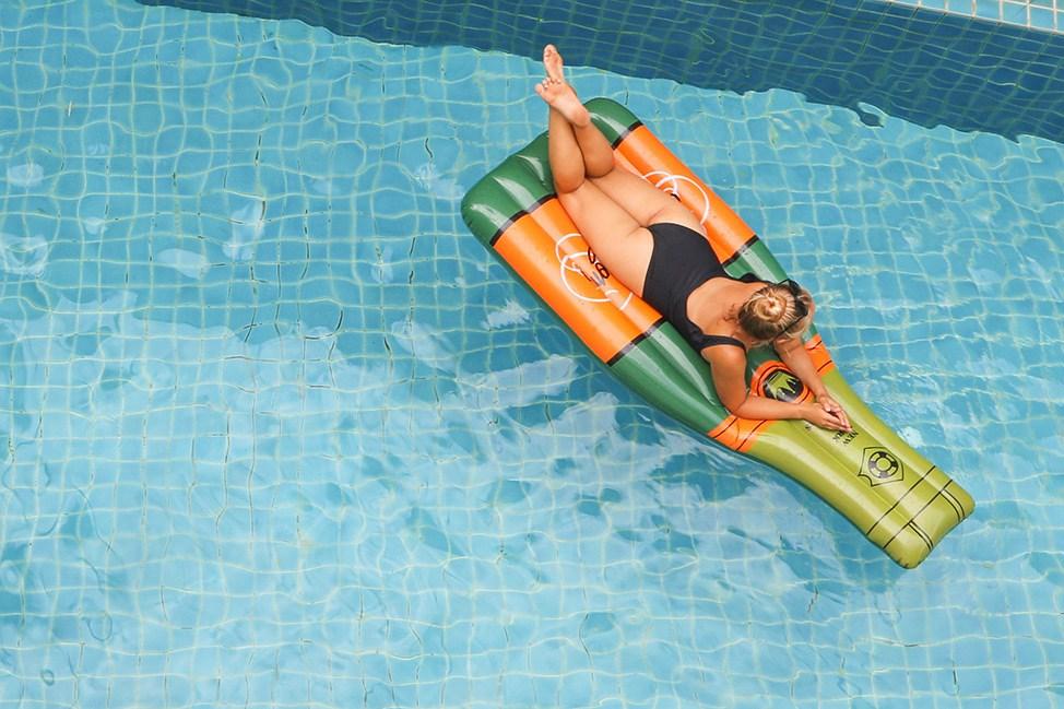 Champagne Pool Float