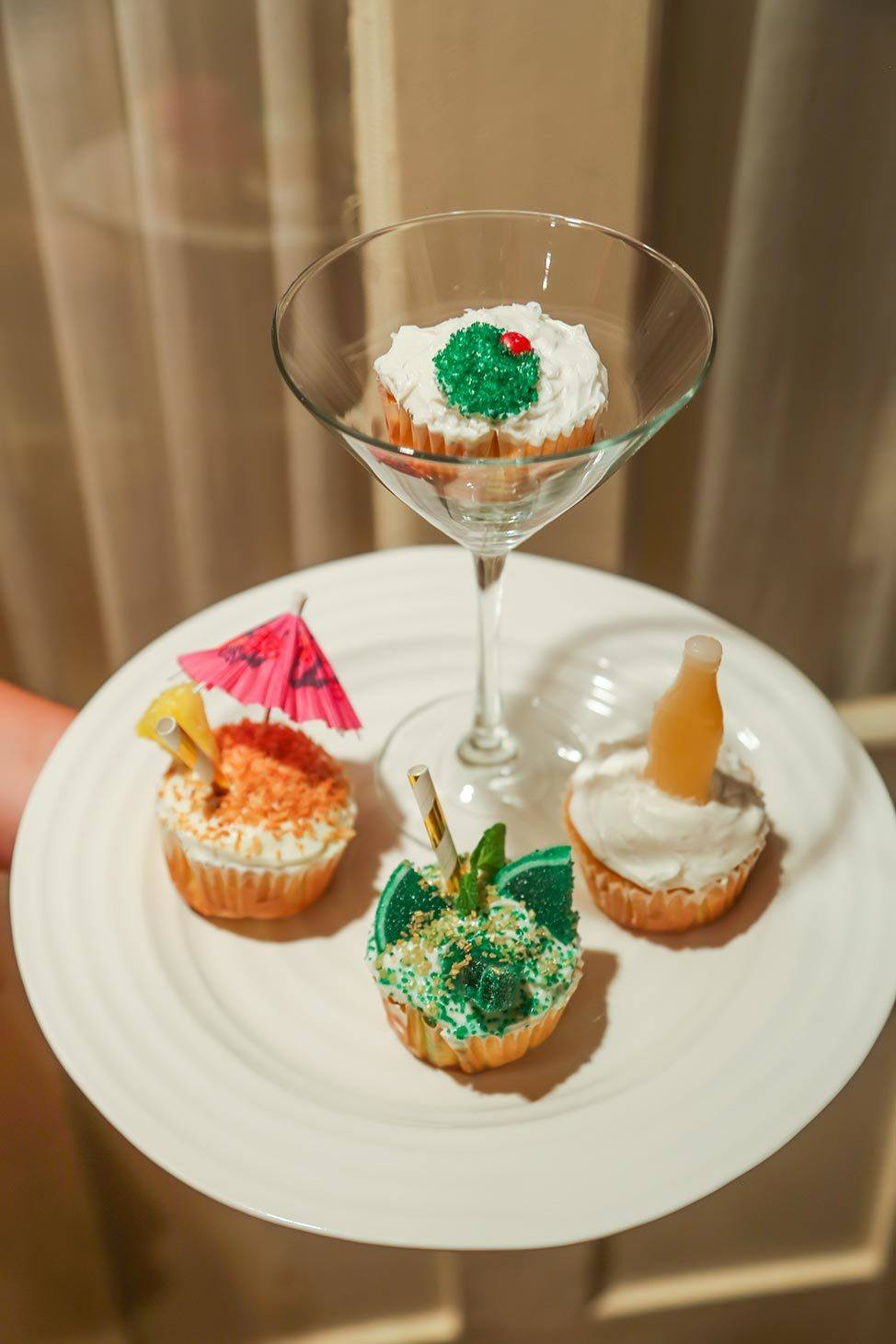 Cupcake decorating on Martha's Vineyard