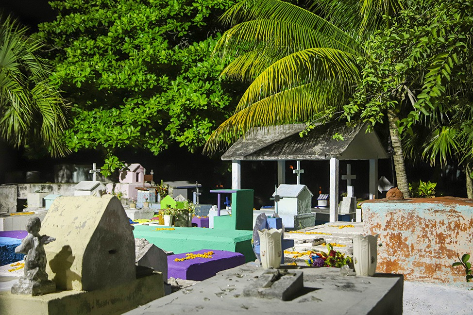 Dia De Los Muertos at Panteón Cementerio Municipal in Cancun