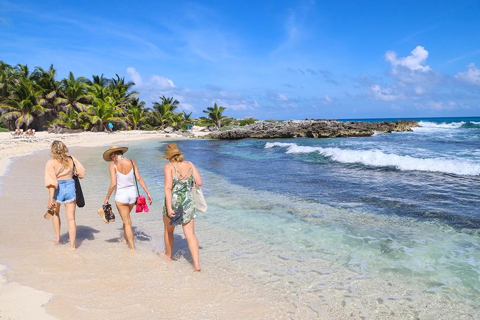 Isla Mujeres Travel Blog Guide