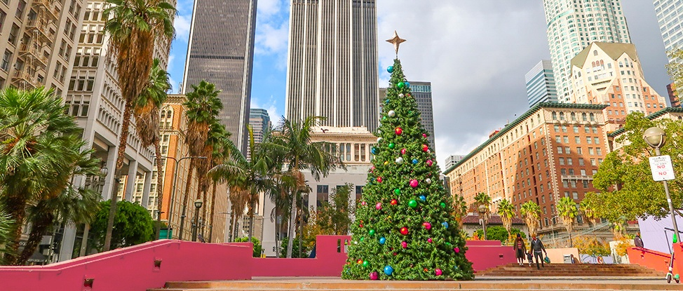 Trading Pine Trees for Palm Trees: Christmas in Los Angeles thumbnail
