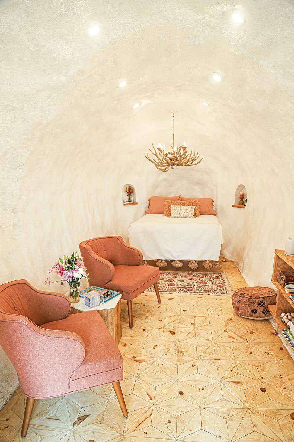 Idaho Potato Hotel Interior