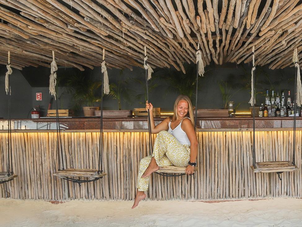 Wander Women Virtual Retreat Alex in Wanderland at beach bar