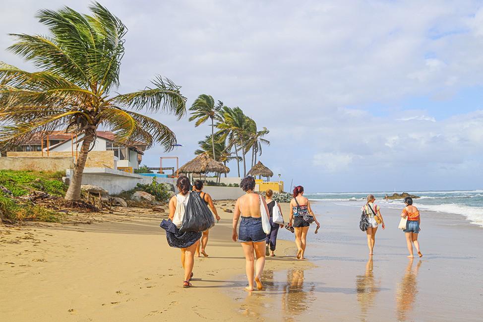 Beach cleanup in Cabarete