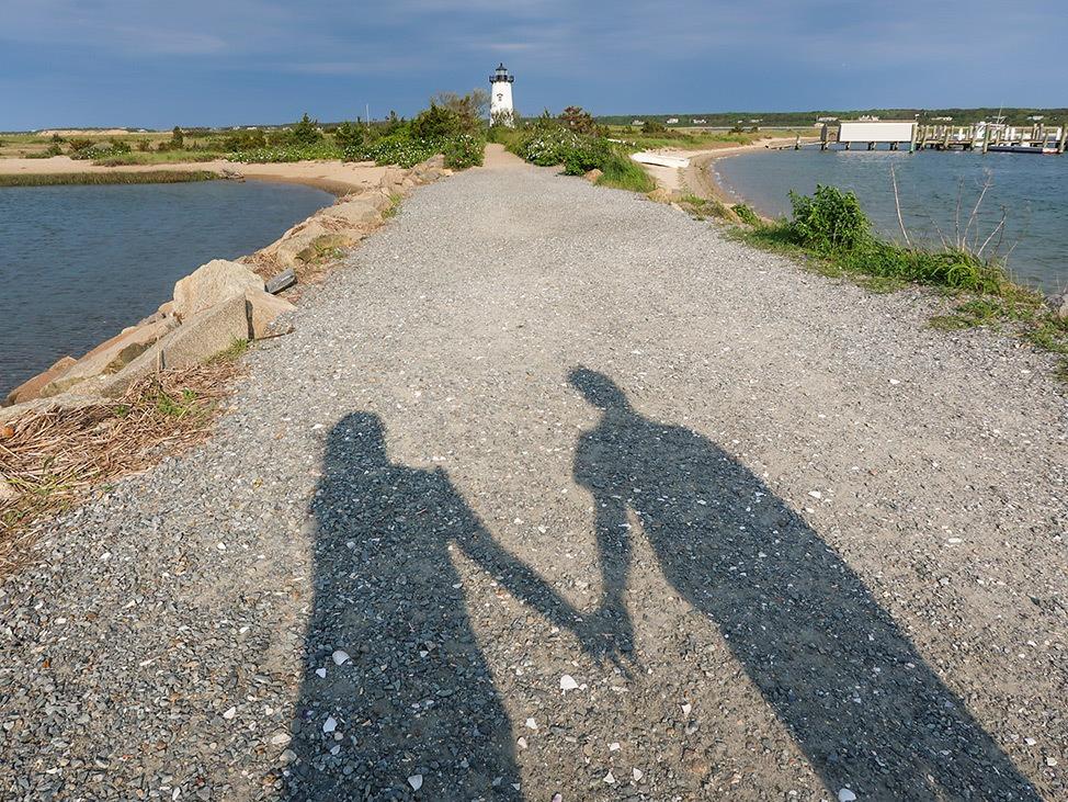 Wander Women Travel Workshop 2021 shadow of couple holding hands
