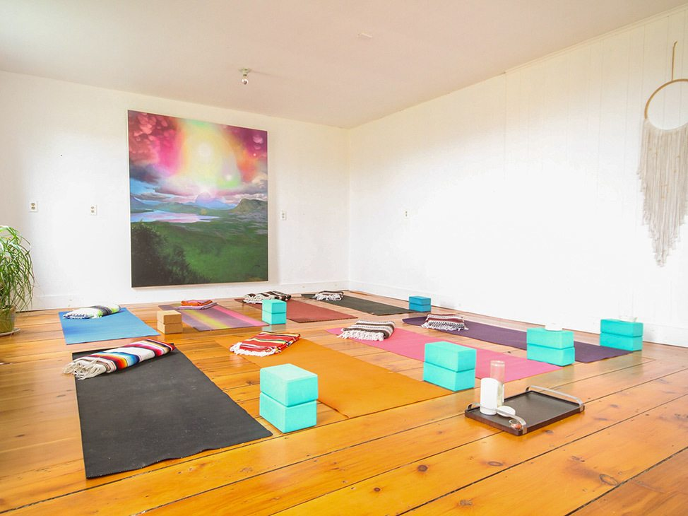 Wander Women Hudson Valley: yoga in calm studio in NY state