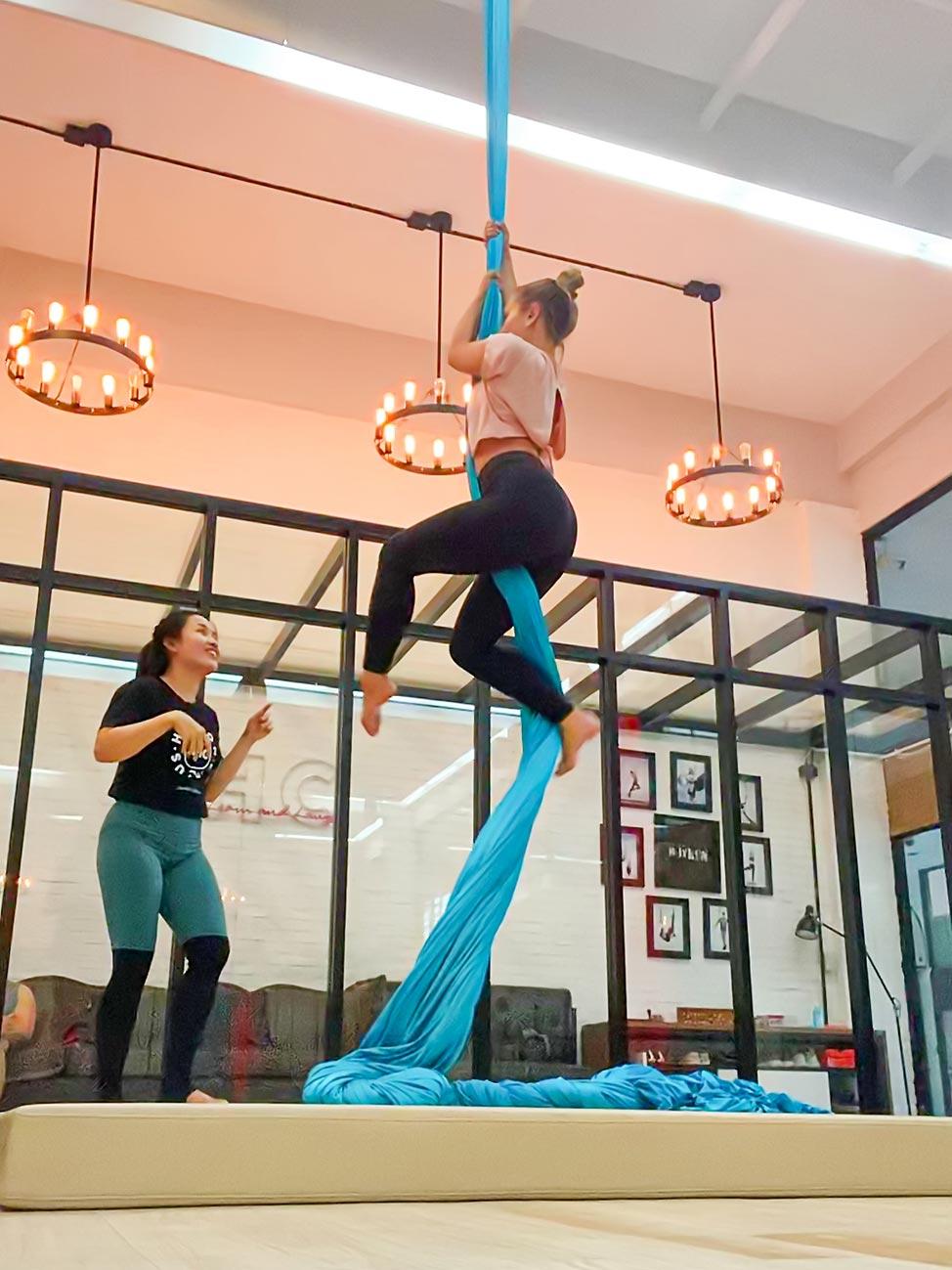 Hoyhon Circus Aerial Studio, Bangkok