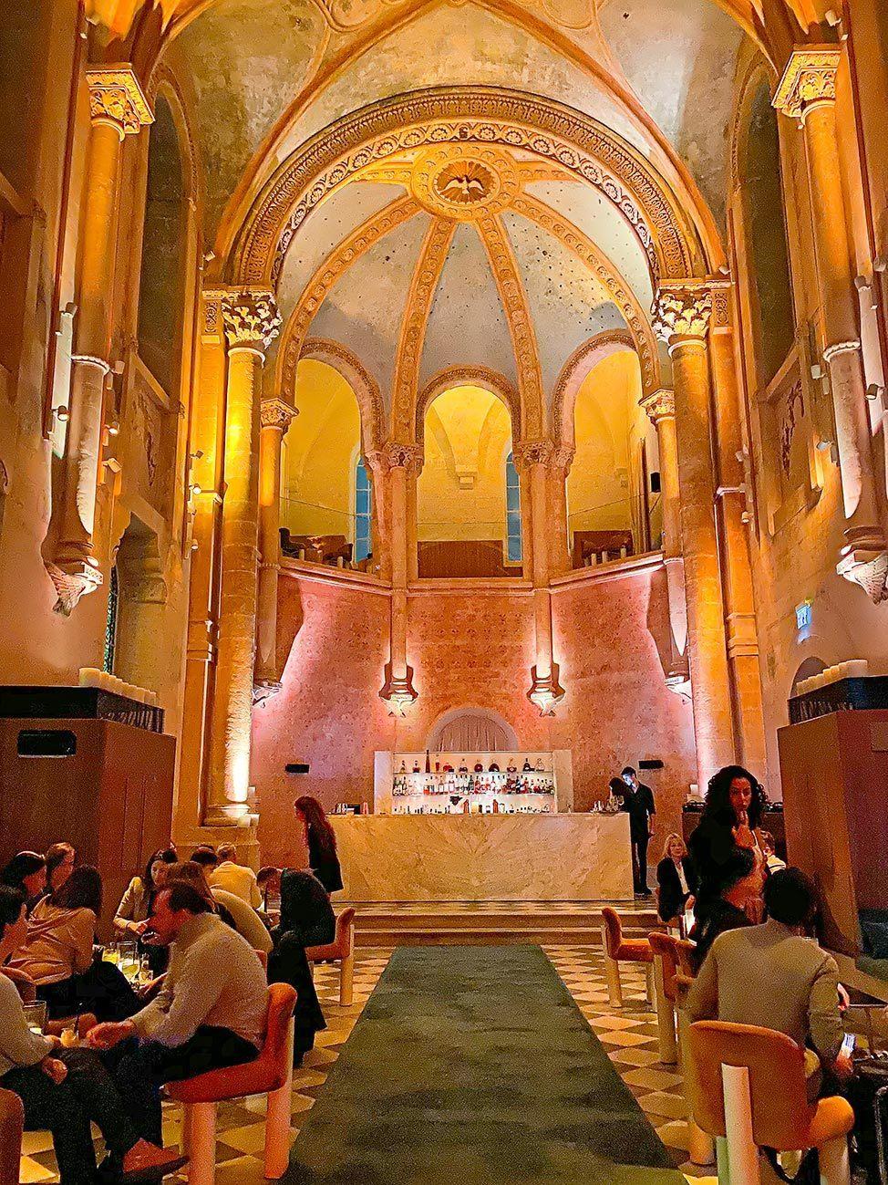 Chapel Bar in Tel Aviv